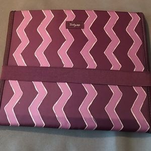 Fold It Up Organizer by Thirtyone BRAND NEW!